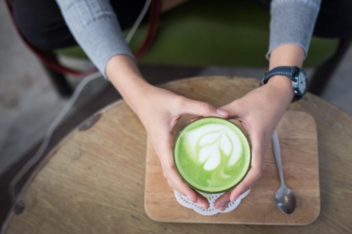 matcha-latte-2356763_1920.jpg